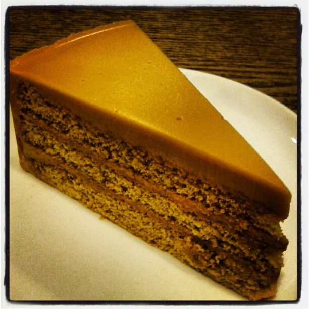Thai Tea Cake by Amor Bangkok