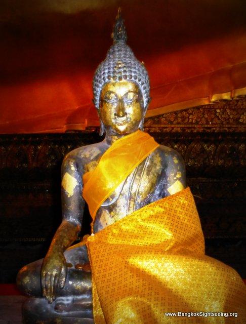 Reclining BuddhaWatPo (1)